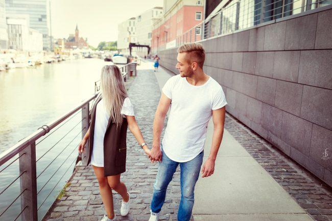 Fotoshooting, Fotograf, Fashion, Lifestyle, Köln, NRW, Deutschland, Mode, Trend, Instagram, Facebook, Outfit, Zara, H&M, Sony, Beauty, Model, Editorial, Lookbook, Sedcard